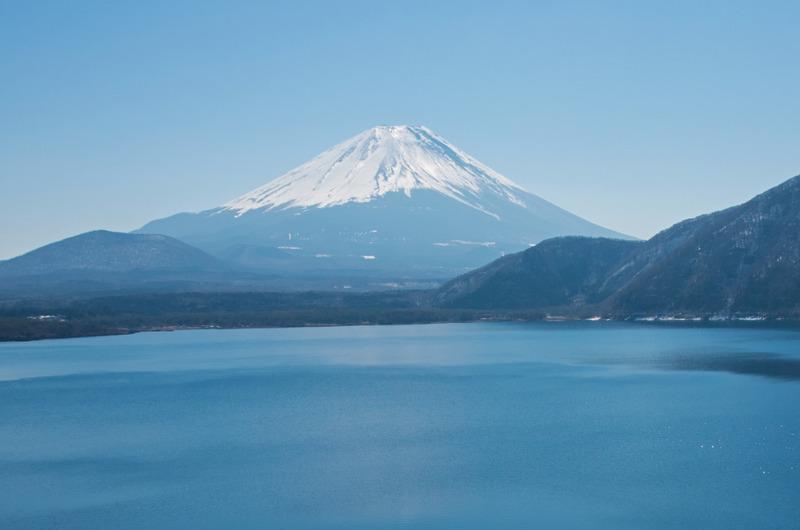 本栖湖からの富士山