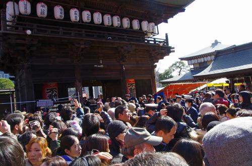 高幡不動尊節分会2013-9